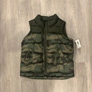 OLD NAVY frost free Puffer Vest for Toddler Boys